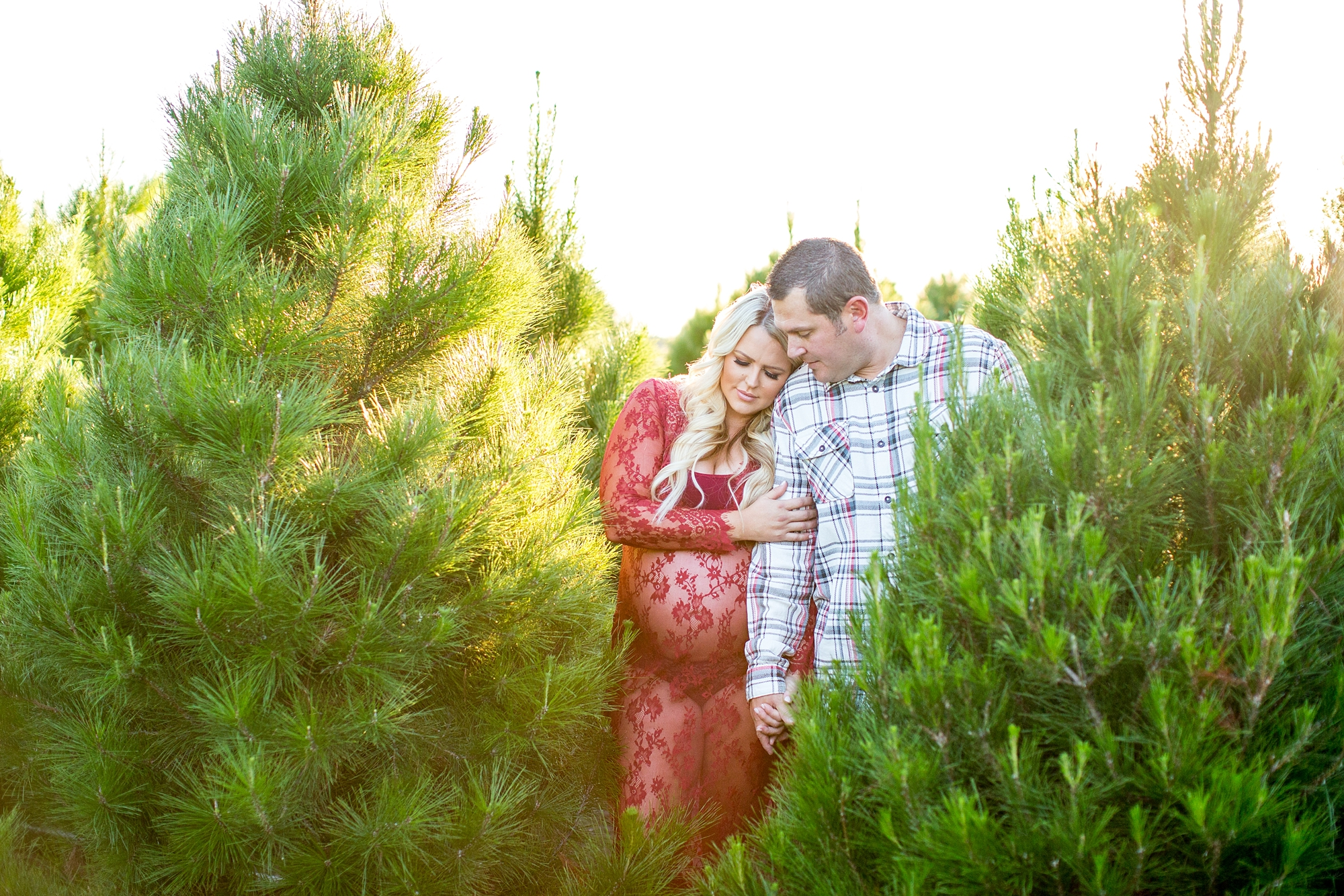 Christmas Tree Farm Photography.Ashley Trinidad Christmas Tree Farm Maternity Photography